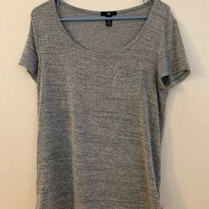 casual gray T-shirt